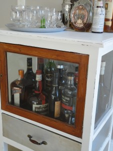 Recycled chest after with drawer handle